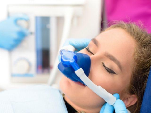 Superare la paura del dentista grazie alla sedazione cosciente